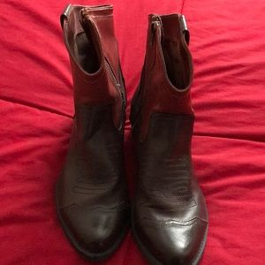 Short brown cowboy boots!  Like new!